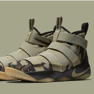 Zoom LeBron Soldier 11 'Camo' Men Size 6.5